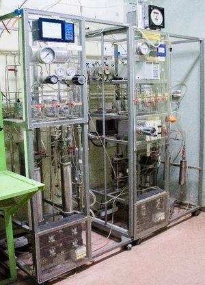 Переработка природного газа и пропан-бутановой смеси в водородсодержащий газ для питания электрохимических генераторов